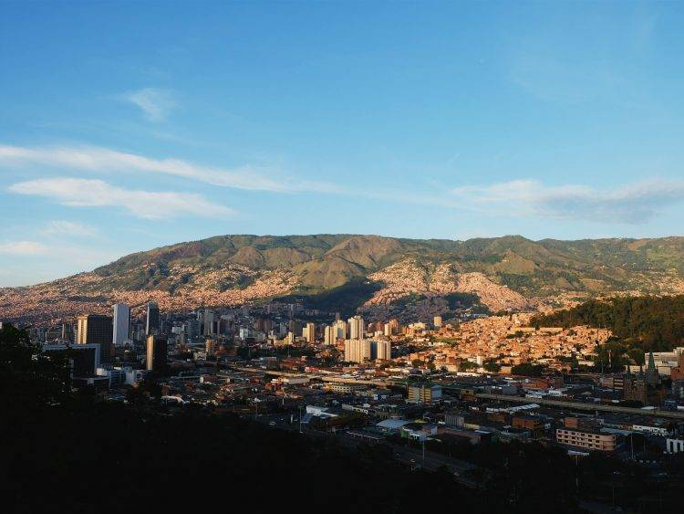 outsourcing to Medellin